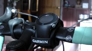Garmin Forerunner 610 на руле велосипеда